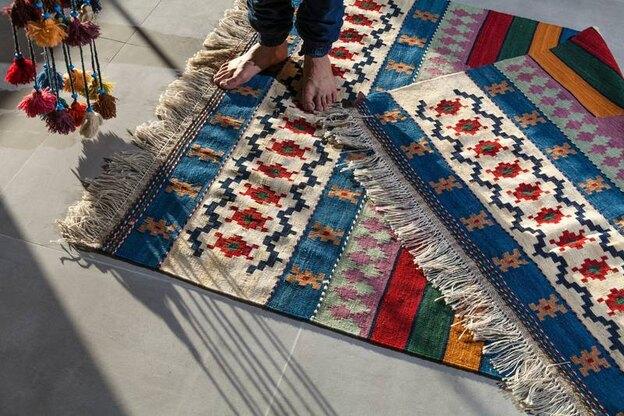 ترفندهایی برای تمیز کردن لکه فرش