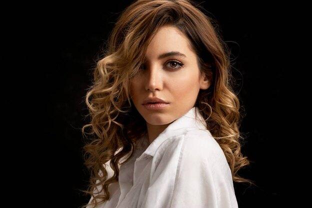 ۱۰ مدل موی آمبره برای موهای متوسط تا نیمه بلند