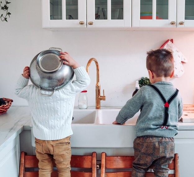 طرح کاشی کاری پشت سینک ظرفشویی