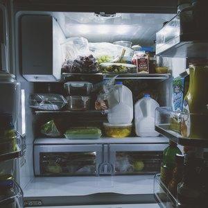 نحوه تمیز کردن یخچال