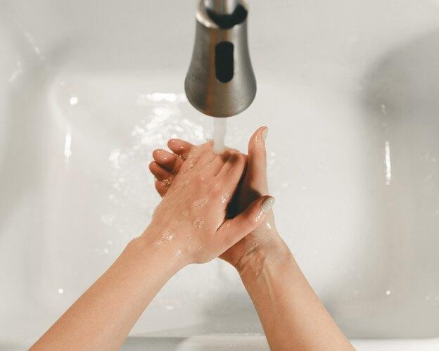 آیا آب داغ باکتری ها را از بین می برد؟