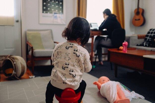 دورکاری و نگهداری از کودکان در قرنطینه