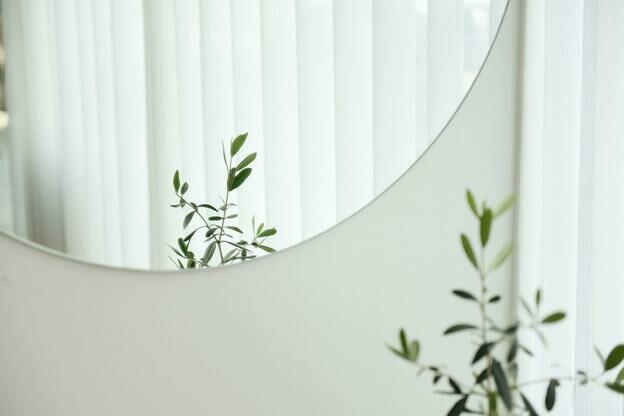 ۱۹ راه برای تزیین خانه با آینه کاری و شیشه