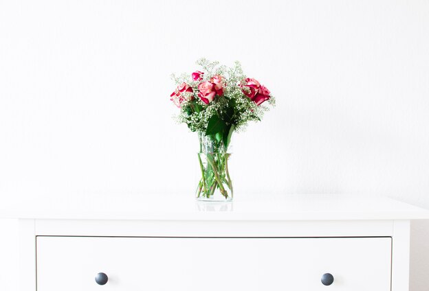 روش کاشت گل رز در گلدان