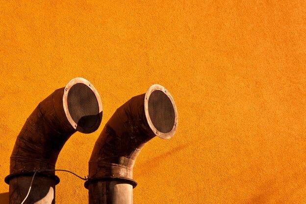 ۴ نشانه که می گوید کولر گازی تان باید شارژ شود