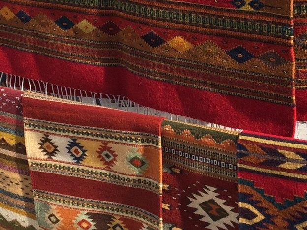 چیدمان فرش و قالیچه در دکوراسیون منزل