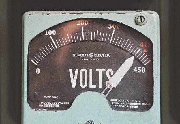 اقدامات ایمنی به هنگام استفاده از ابزار و تجهیزات الکتریکی