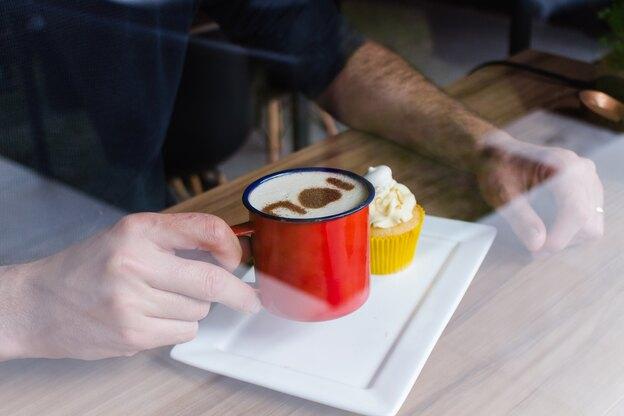دستور پخت کاپ کیک خامه ای ایرلندی