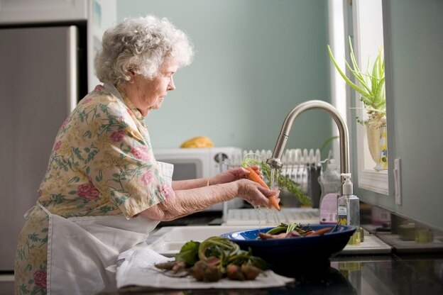 ۵ مرحله برای تمیز کردن و ضد عفونی کردن خانه در برابر ویروس کرونا