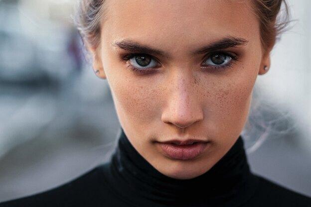 آموزش آرایش: روش لاغرکردن صورت