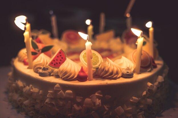 طرز تهیه کیک تولد کلاسیک