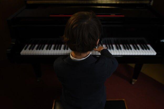 راهنمای آموزش پیانو در خانه