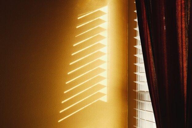 نحوه تمیز کردن نورگیر بدون نیاز به برداشتن آن
