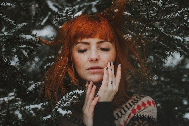 9 رنگ لاک ناخن مناسب برای زمستان پیش رو