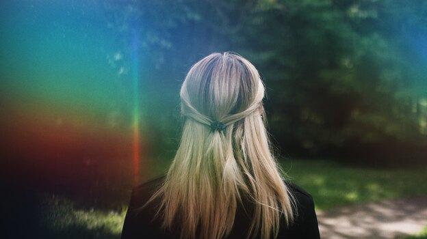 راهنمای کامل رنگ کردن مو در خانه