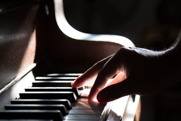 انتخاب بهترین راه برای یادگیری پیانو (۲)