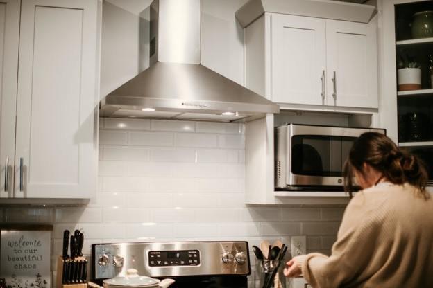 راهنمای تعمیر هود آشپزخانه و کار نکردن فن و لامپ هود