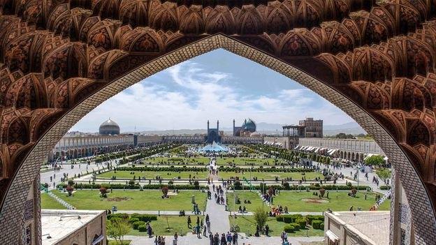 ورود چند شرکت خدماتی نظافتی اصفهان به سنجاق