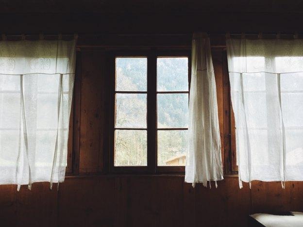 راهنمای شستشوی پرده ها در منزل