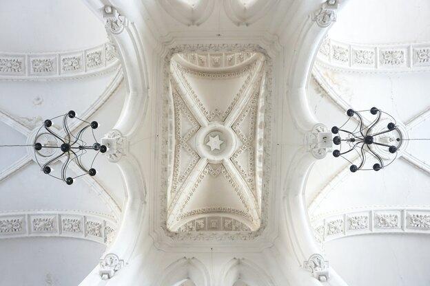 ۳۳ ایده برای تزیینات و گچبری سقف