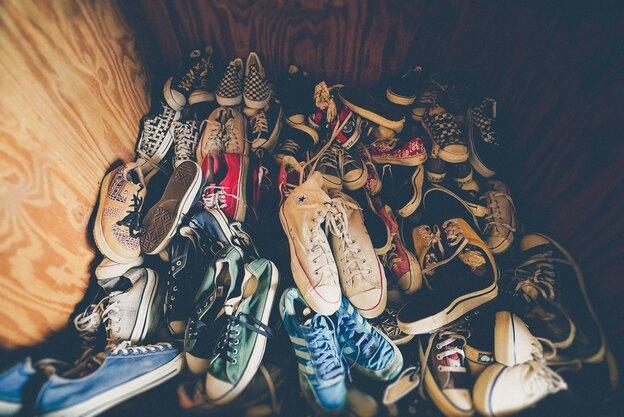 راهکارهایی برای بسته بندی کفشها در اسباب کشی