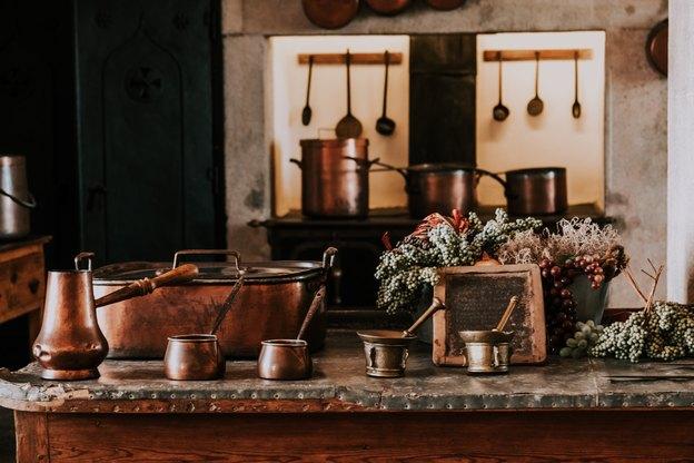 9 محلول و تمیز کننده خانگی ظروف مسی