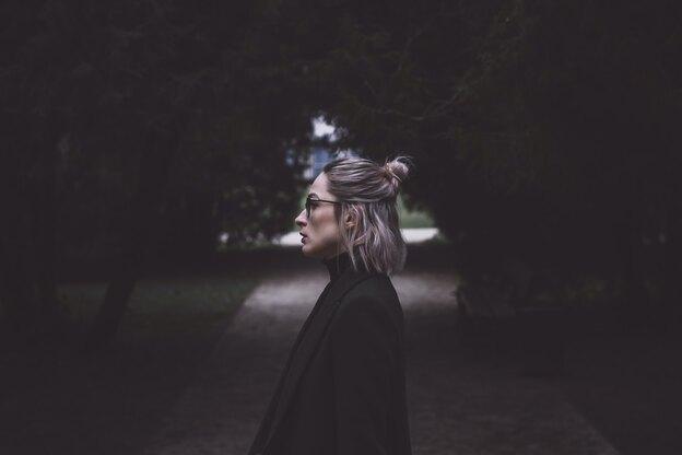 معرفی انواع بالیاژ موهای قهوه ای