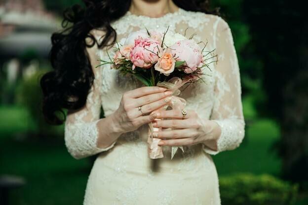آرایشگر مراسم عروسی را چطور انتخاب کنیم؟