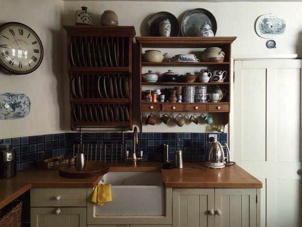 ۶ مشکل رایج در زمینه شیر آب شلنگدار سینک ظرفشویی