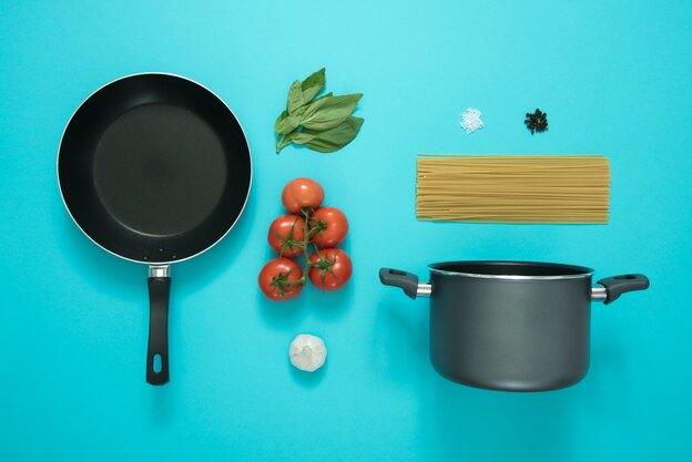 طرز تهیه اسپاگتی با سس تن و گوجه فرنگی
