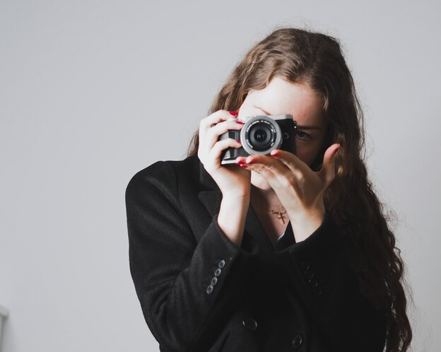 ۹ ایده برای ژست عکاسی