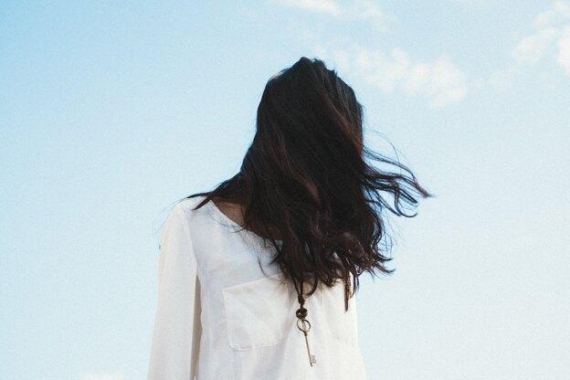 مدل کوتاهی موی بلند زنانه برای صورتهای گرد