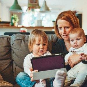 ۶ چیزی که هر مادری فدای تربیت فرزندانش می کند