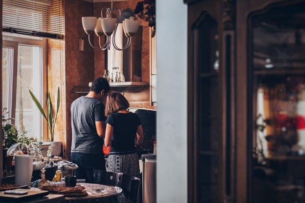 نقاشی ساختمان: با رنگ آمیزی، آشپزخانه خود را به روز کنید