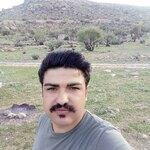 آرش اکبری