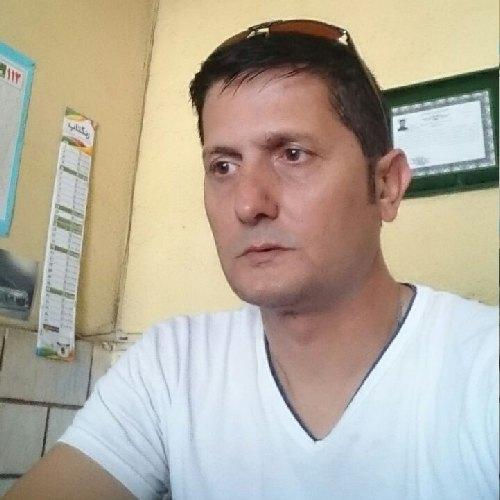 عباس  کمندی
