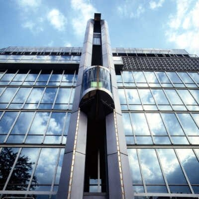 آسانسور تکتا برج اسپادانا