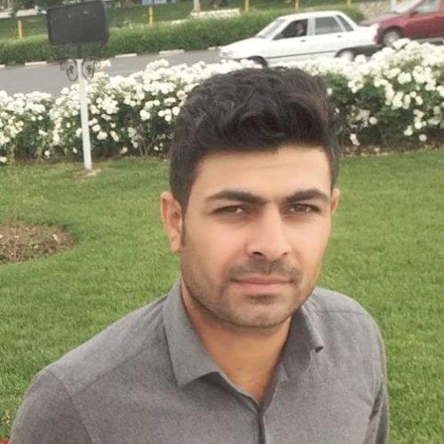بهمن آزادی