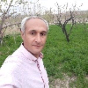 احمد  مهاجران